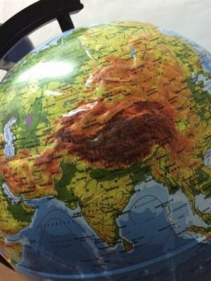 Глобус Земли физико-политический 320 мм с подсветкой Рельефный Классик - фото 15768